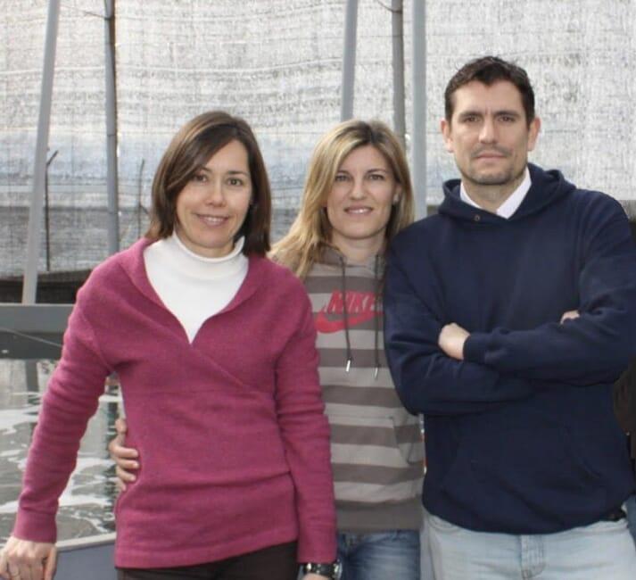 Pedro Alvarez (right) with Ana Esther Ortiz Maldonaldo, anemone culture plant manager, and Carolina Alonso Pozas, iMare's executive director