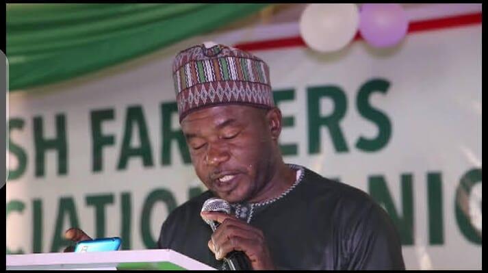 Salihu Abdulahi addresses the meeting of the  Catfish Farmers Association of Nigeria (CAFAN)