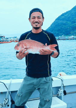 Farms in Kumamoto produce 10,000 tonnes of red sea bream a year