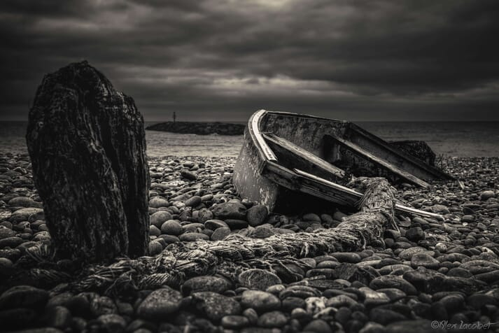The tide that never came, by Alexandru Mircea Iacobet, depicts an abandoned boat in Simdouth
